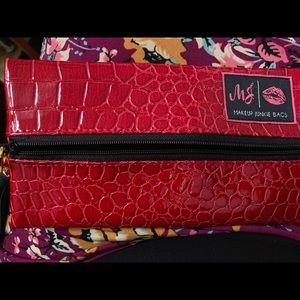 Makeup Junkie mini bag